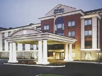 Holiday Express and Suites Newport S
