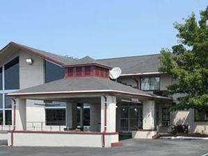 Countryside Inn and Suites