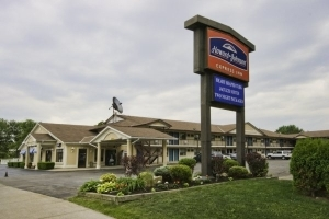 Howard Johnson Express Inn - Niagara Falls