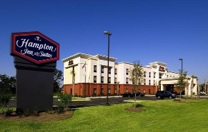 Hampton Inn and Suites Pensacola-University Mall