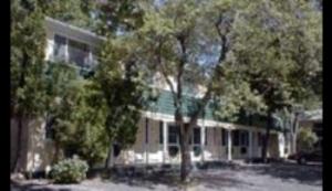Dartmouth Motor Inn