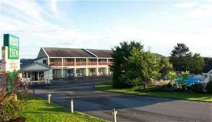 Belfast Harbor Inn