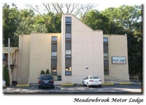 Meadowbrook Motor Lodge