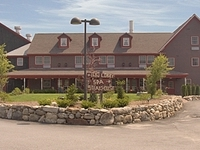 The Common Man Inn And Spa