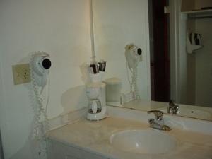 Country Hearth Inn Sidney Hotel