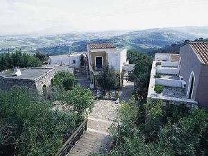 Arolithos Traditional Cretan V