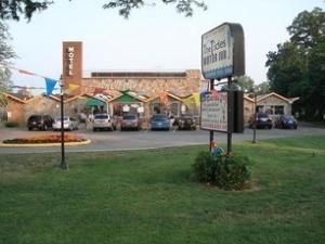Tides Motor Inn