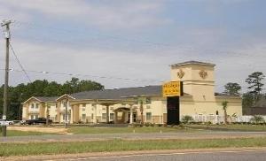 La Jagu Inn And Suites