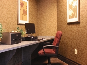 La Quinta Inn & Suites Edgewood/APG South