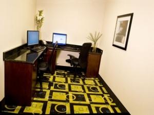 La Quinta Inn & Suites Baltimore South - Glen Burnie