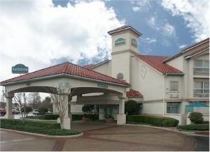 La Quinta Inn and Suites Fort Worth North