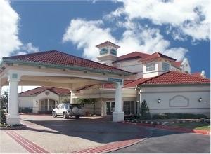 La Quinta Inn and Suites Sherman/Denison