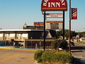 Broadway Inn Yankton