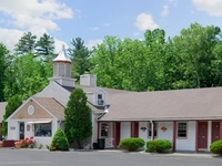 Lenox Inn