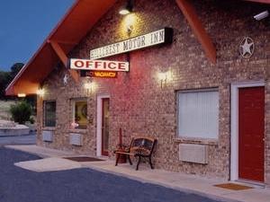 Hillcrest Motor Inn Ozona