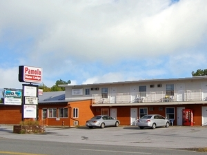 Pamola Motor Lodge Millinocket