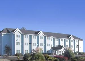 GuestHouse International Inn & Suites Seaside