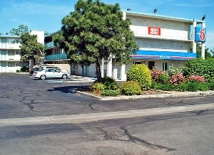 Motel 6 Denver Federal Blvd