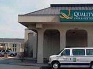 Motel 6 Quad City Airport