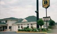 Super 8 Motel- Elizabethtown