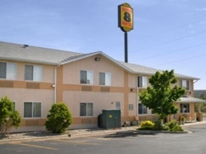 Super 8 Motel - Trinidad