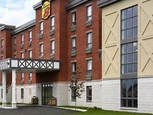 Super 8 Hotel Lachenaie Terrebonne