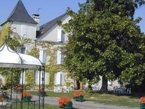 Chateau De Meracq
