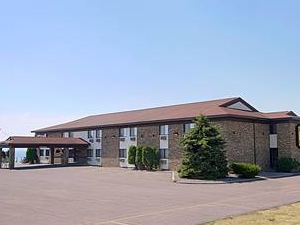 Super 8 Motel Washburn Wi