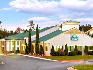 Days Inn & Suites Atlanta NE/ Technology Park