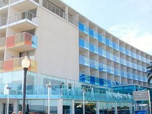 Marvel Coma Ruga Hotel