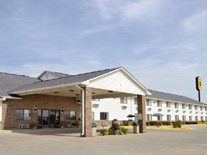 Super 8 Motel - Bethany