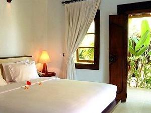 Alam Asmara Dive Resort