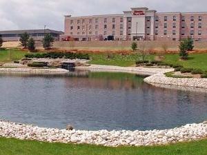 Hampton Suites West Bend