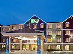 Holiday Inn Express Hotel & Suites Seaside-Convention Center