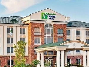 Holiday Inn Express & Suites Millington