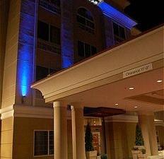 Holiday Inn Express & Suites Klamath