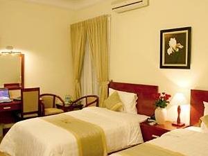 Santa Hotel I