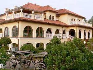 Hotel Nefretete Medical Spa