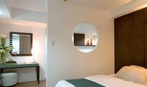 Regalia Tower Hotel Suites