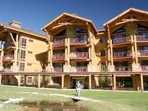 Crystal Springs Lodge