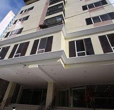 Sampaguita Suites Plaza Garcia