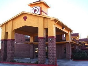Winchester Inn & Suites