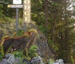 The He-Tin-Kis Lodge