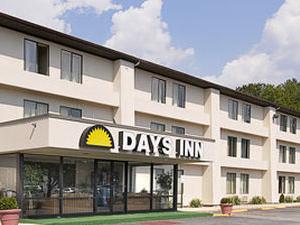 Days Inn Waldorf MD