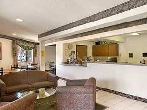 Travel Star Inn And Suites