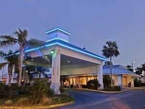 Meridian Hotel & Suites