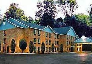 Harbor Country Hotel
