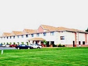 Days Inn and Suites Benton Harbor, MI