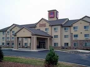 Comfort Suites (Johnson Creek)