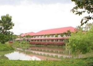 Muaklek Health Spa & Resort